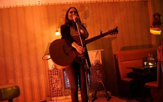 About Songs and Books: Dorit Jakobs und Benjamin Maack live in der Hasenschaukel