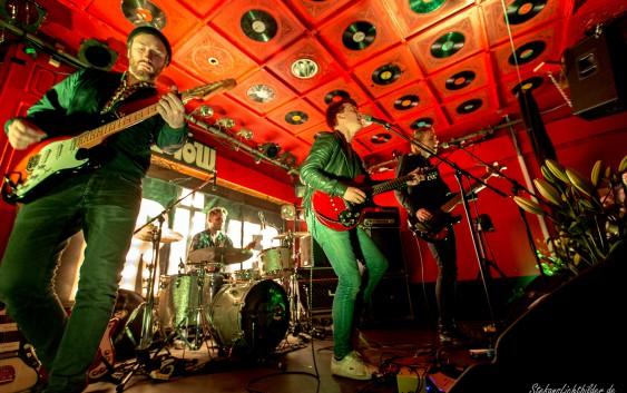 Das Euphorie-Festival der Band Trümmer im Hamburger Molotow – Konzertreview
