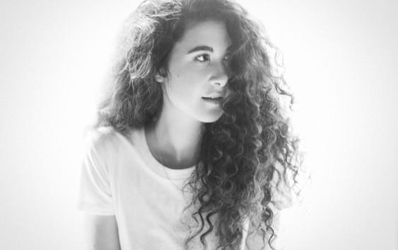 Kurz und gut: Reviews zu Sara Hartman, The Jooles und Naima Husseini