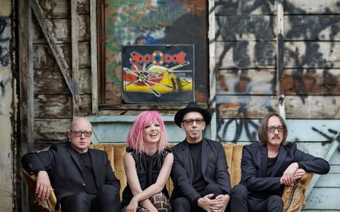 Kurz und gut: Album Reviews zu Garbage, Dexys und The Strumbellas