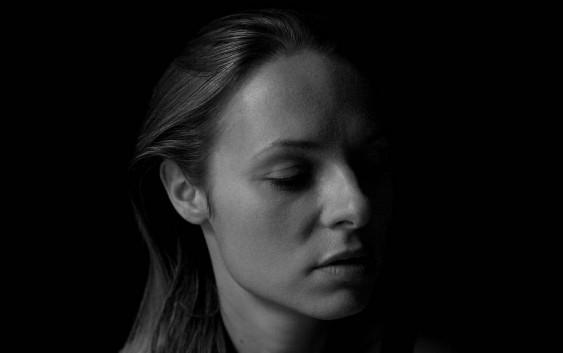Kurz und gut: Album Reviews zu Drowners, Jenny Weisgerber und Hugo Race
