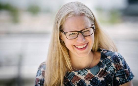 Interview mit der Hamburger Schriftstellerin und Übersetzerin Isabel Bogdan