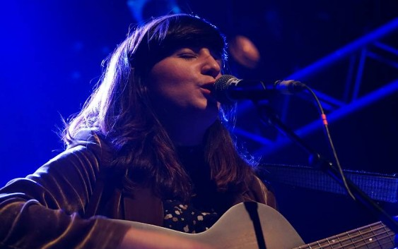 Song des Tages: Trapped In The Fog von Joana Serrat