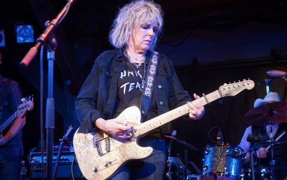 Lucinda Williams live in der Hamburger Fabrik – Konzertreview