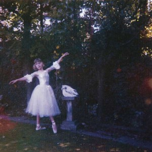 Sounds & Books_Wolf Alice_Visions Of A Life_Cover