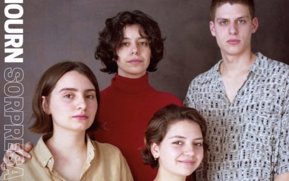 Mourn: Sorpresa Familia – Albumreview