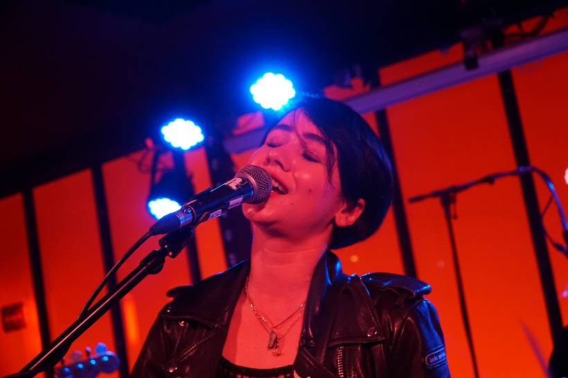 Laura Carbone live Hamburg Molotow SkyBar 2019 by Gérard Otremba
