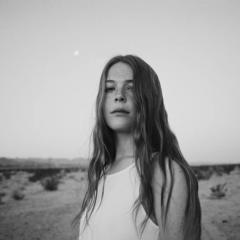 Maggie Rogers: Heard It In A Past Life