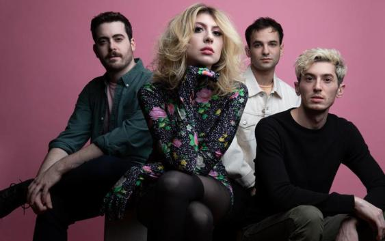Charly Bliss: Young Enough – Albumreview