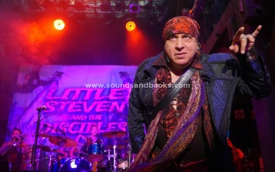 Little Steven: Summer Of Sorcery Live! At  The Beacon Theatre