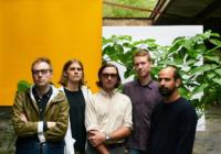Real Estate: Paper Cup – Song des Tages