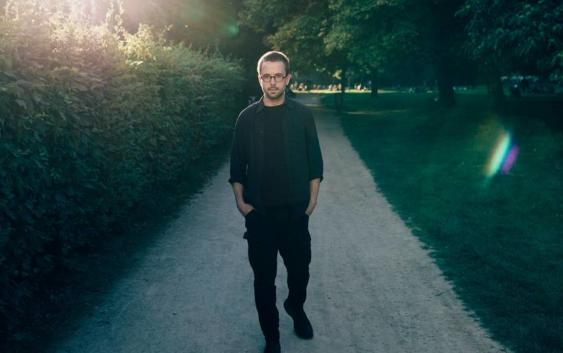 Thom And The Wolves: Put Your Weapon Down – Song des Tages