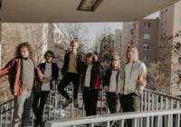 Portmonee: Zu viel Love – Song des Tages