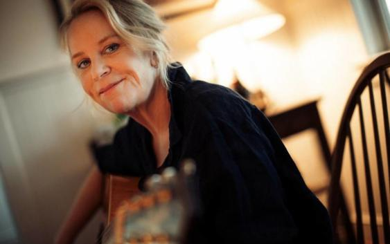 Mary Chapin Carpenter: American Stooge – Song des Tages