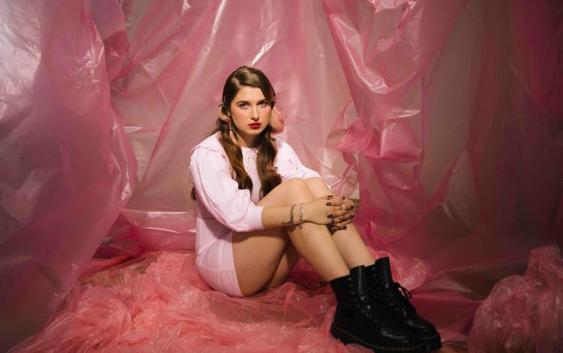 Baby Queen: Want Me – Song des Tages