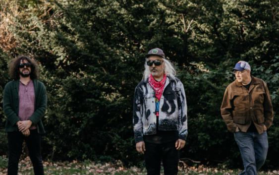 Dinosaur Jr.: Sweep It Into Space – Albumreview