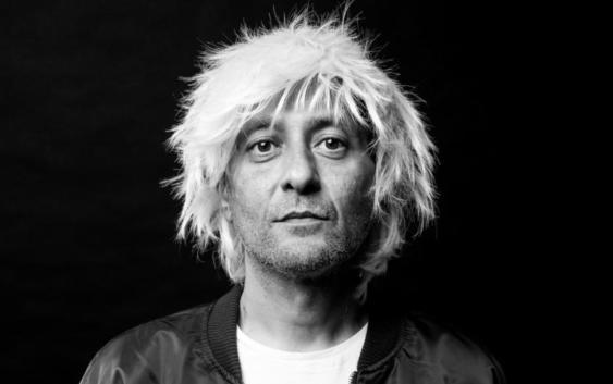 """""""Mir ist egal, ob meine Musik einen Nerv trifft"""" – Interview mit Aydo Abay"""
