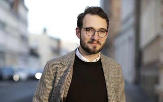 Lukas Rietzschel: Raumfahrer – Roman